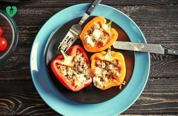 Plněné papriky s quinoa recept