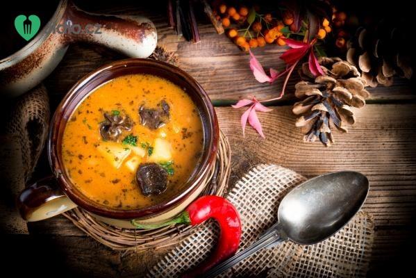 Polévka z hovězí oháňky recept