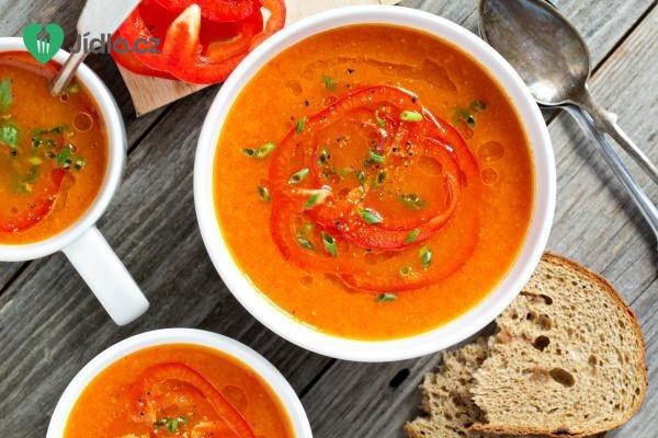 Polévka z pečených paprik recept