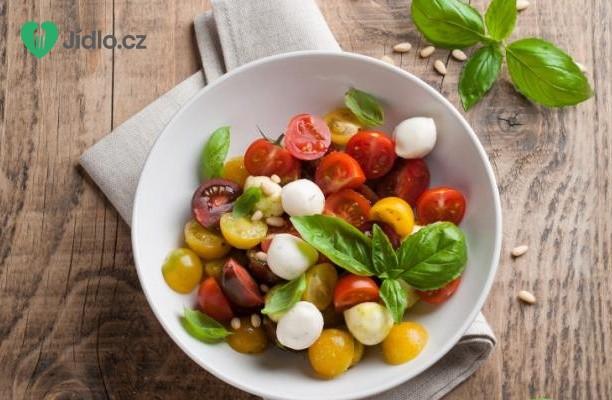 Rajčata s mozzarellou recept