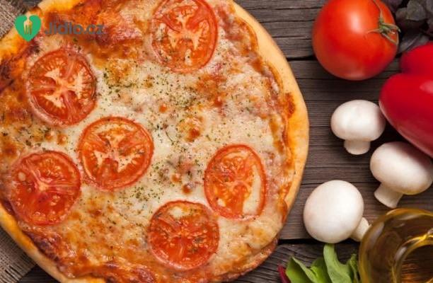 Rajčatový  koláč s česnekem recept