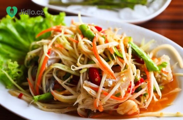 Raw mungo salát s mátou a koriandrem recept