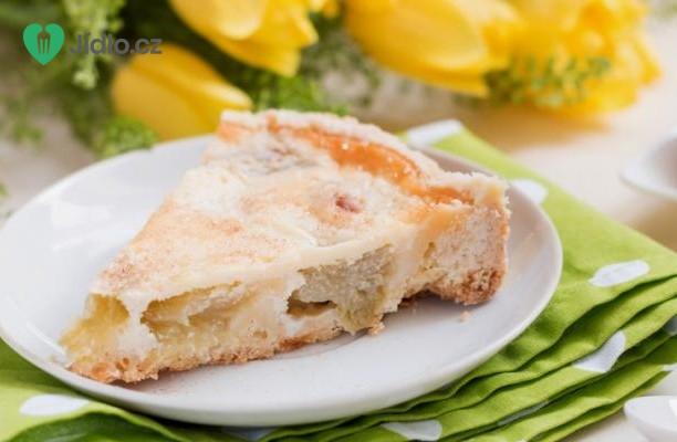 Rebarborový koláč se zakysanou smetanou recept