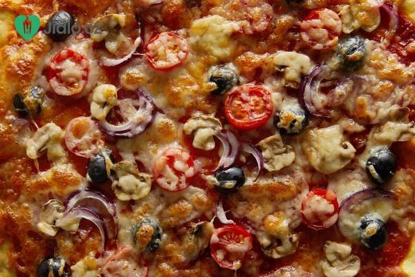 Rozpečená rajčata se sýrem recept