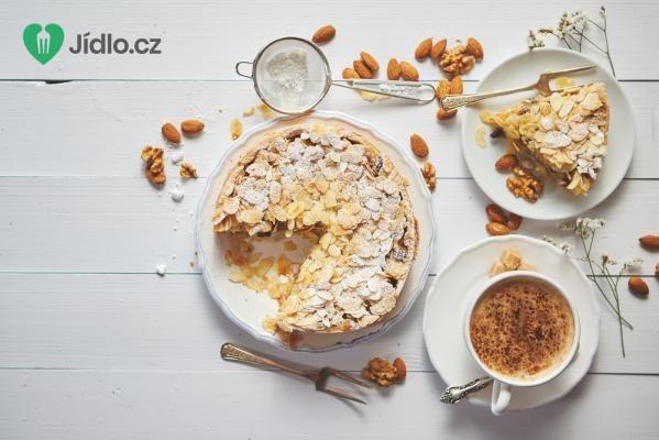 Rychlý koláč s ořechy recept