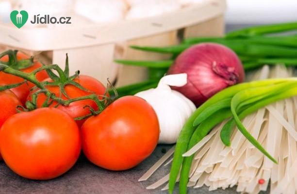 Rýžové nudle s rajčatovou omáčkou recept