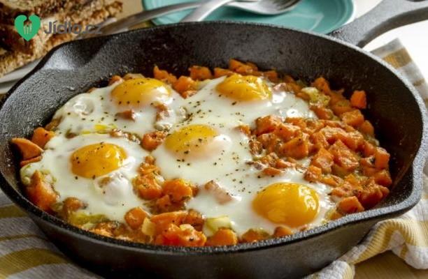 Sladké brambory s vejci recept