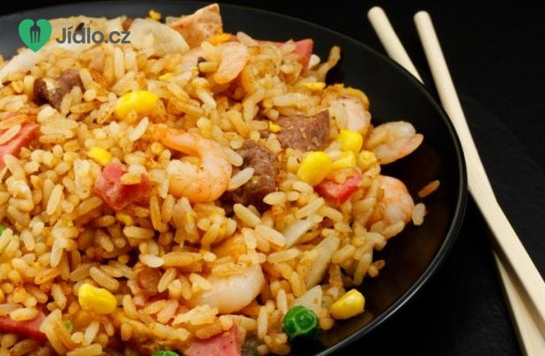 Recept Smažená rýže se slaninou a krevetami
