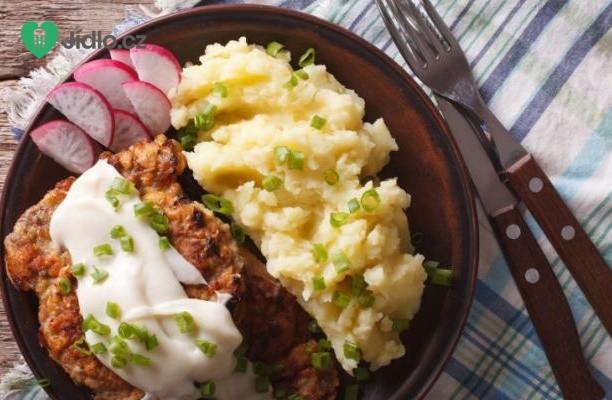 Smažené kuřecí  řízky s pikantní  omáčkou recept