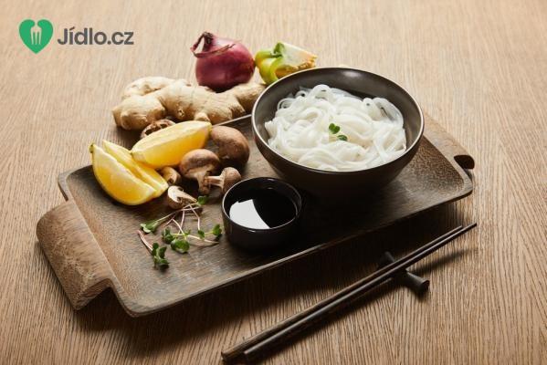 Smažené rýžové nudle se žampiony recept