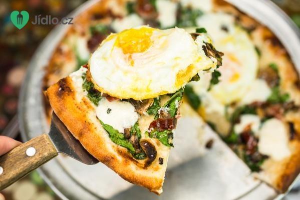 Snídaňová pizza recept