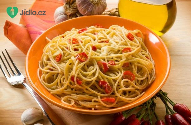 Špagety aglio olio e peperoncino recept