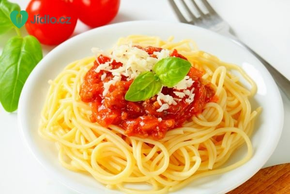 Špagety s lilkovo-rajčatovou omáčkou recept