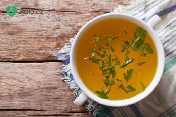 Světlá hovězí polévka recept