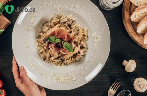 Těstoviny s houbami recept