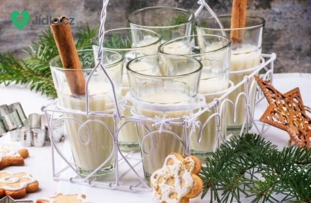 Recept Vánoční vaječný koktejl