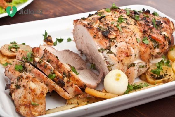 Vepřová krkovice pečená na zelenině recept