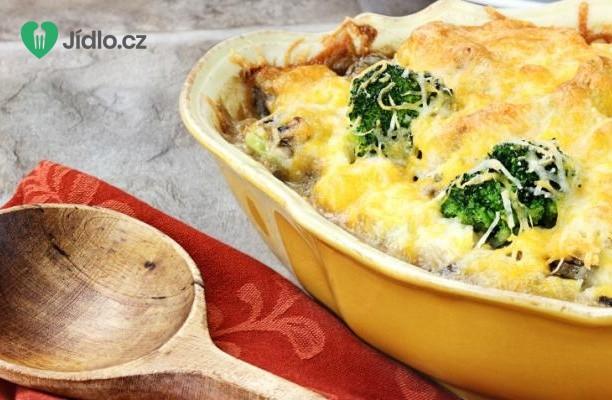 Zapečená brokolice s houbami a sýrem recept