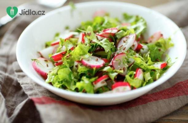 Zelený salát s ředkvičkami recept