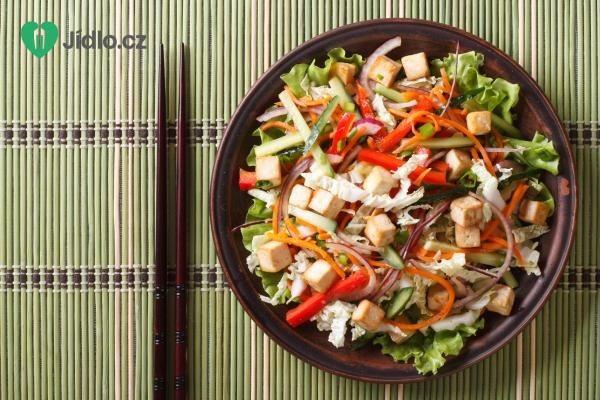 Zeleninový salát s tofu recept