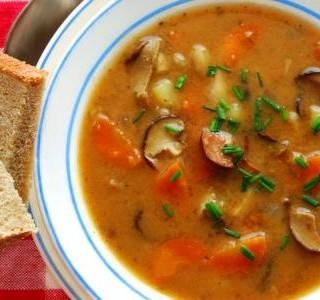 Bramborová polévka Bramboračka