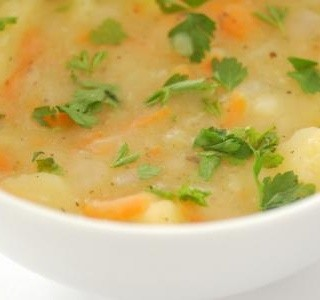 Bramborová polévka s vejci