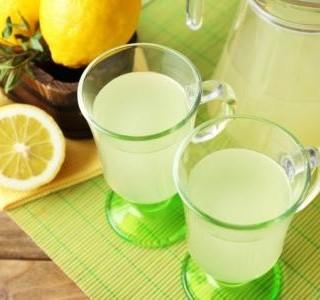 Citronová limonáda