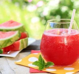 Fenyklovo melounový drink