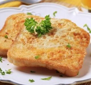 Francouzský toust se sýrem