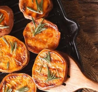 Grilované sladké brambory