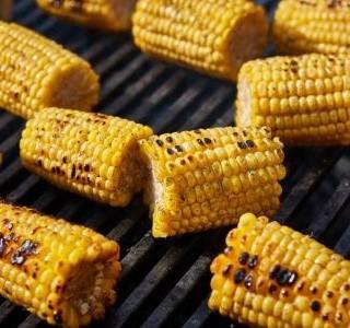 Kukuřice na grilu