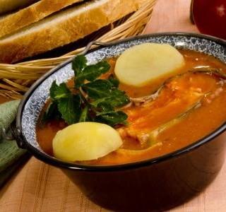Maďarská polévka ze zajíce