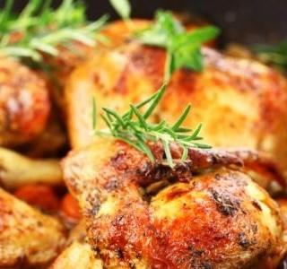 Marinované kuře a křupavé smažené knedlíky