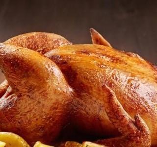 Pečené kuře s bramborami