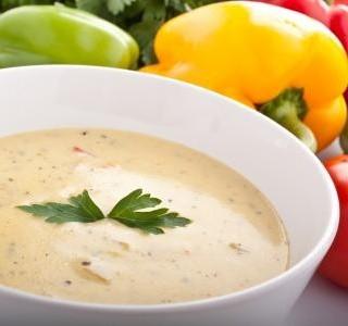 Plíčková polévka se smetanou