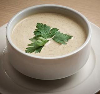 Plíčková polévka se zeleninou