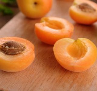 Plněné meruňky