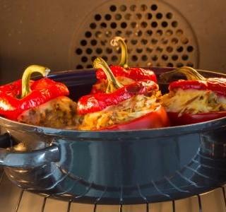 Plněné papriky zapečené v troubě