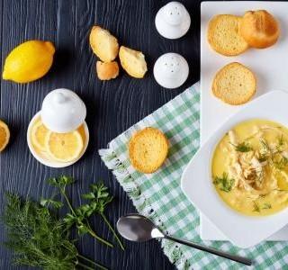 Řecká citronová polévka