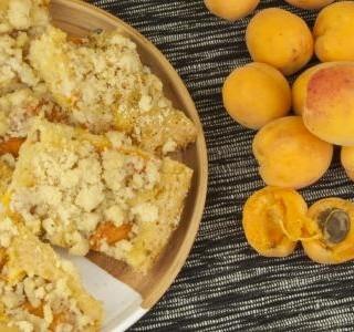 Rychlý meruňkový koláč