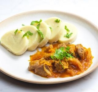 Segedínský guláš z vepřového masa