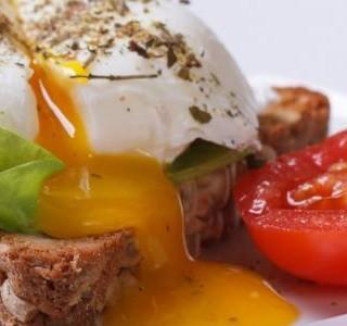 Toast se ztraceným vejcem