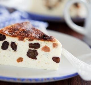 Tvarohový koláč s rozinkami