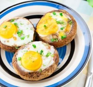 Zapečené houby s vejci