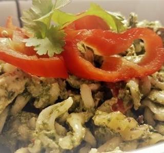 Zapečené těstoviny se smetanou a brokolicí
