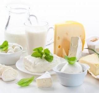 Jak je to s mlékem? Je pro nás přínosem, nebo škodí?