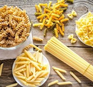 Těstoviny – jejich dělení a nejznámější druhy, jako jsou špagety, fusilli a lasagne