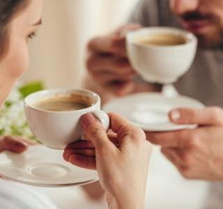 Výhody přípravy kávy v domácím prostředí
