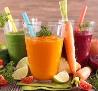 Zeleninové a ovocné šťávy či smoothie