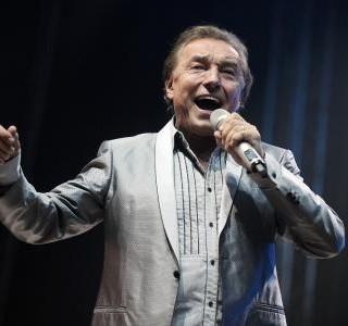 Zemřel populární zpěvák Karel Gott, odpočívejte v pokoji Mistře!